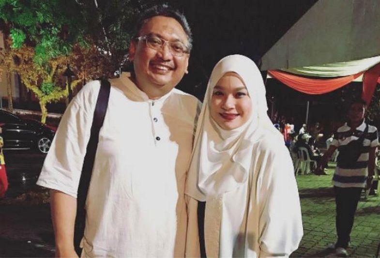 Nora Rindu Ramadan Bersama Suami
