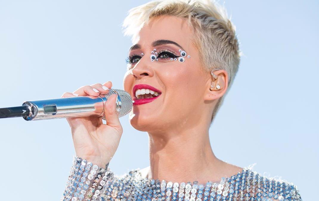 Katy Perry Pecah Rekod Dunia, 100 Juta Pengikut Twitter