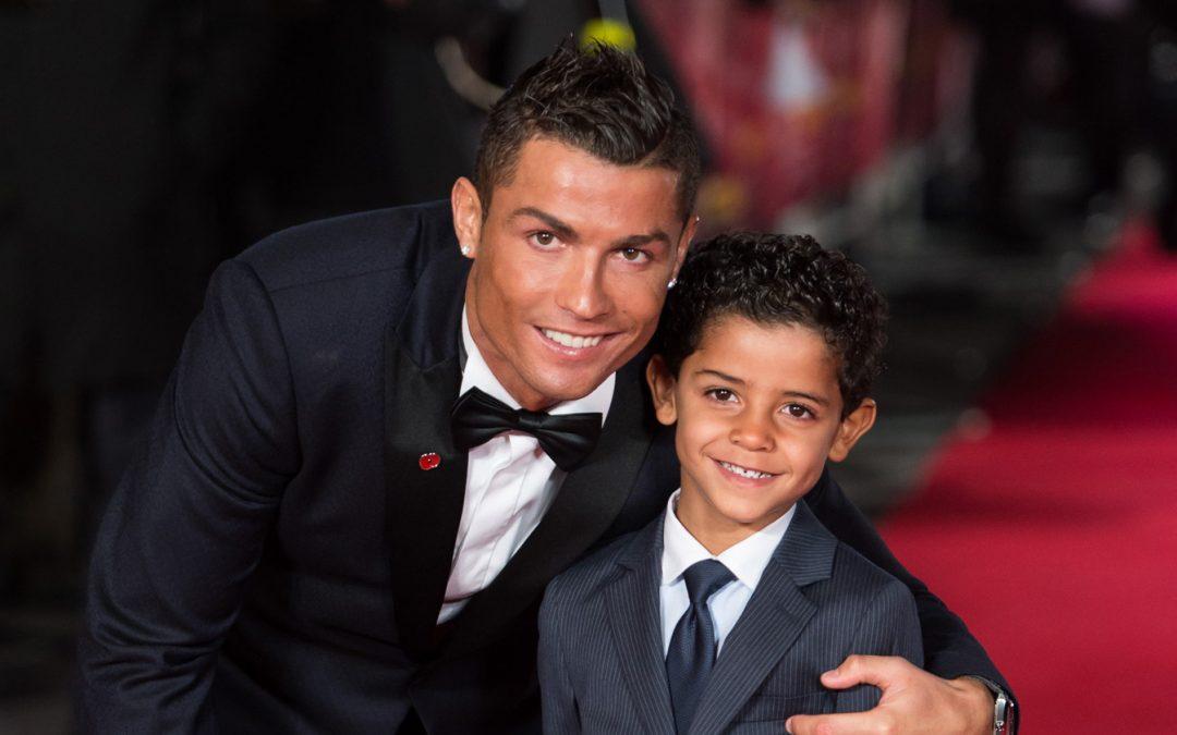 Cristiano Ronaldo Dapat Anak Kembar