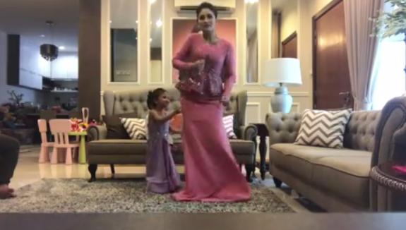 [VIDEO] Wow Baik Punya Fasha Sandha Bergelek Layan Lagu #IAmMe DSV