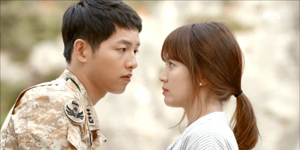 Bintang Korea Decendents of The Sun Sah Kahwin 31 Oktober