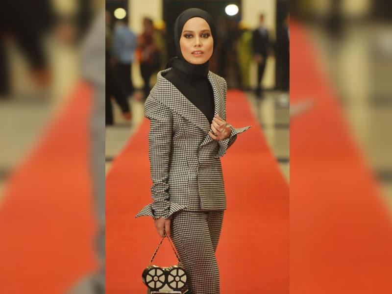 Gaya Selebriti di Karpet Merah Festival Filem Malaysia ke-29