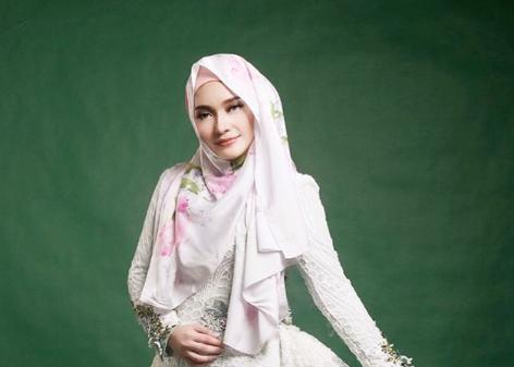 'Lagu Dah Siap, Tinggal Nyanyi Tapi Saya Belum Bersedia' Joy Revfa Akui Dapat Tawaran Menyanyi Dari Indonesia