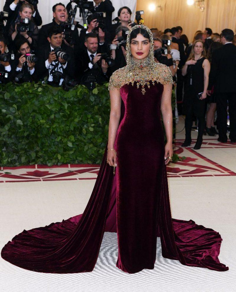 [GAMBAR] Kelas! Ini Fesyen Hebat Selebriti Semasa 'Red ...