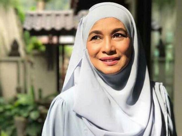 Aida Khalida Lebih Tenang Selepas Berhijab