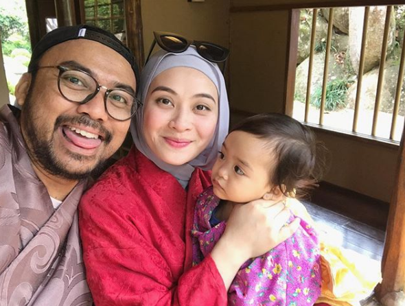 Tahniah Adira Sah Hamil, Datuk Red Bakal Timang Anak Ke-8!