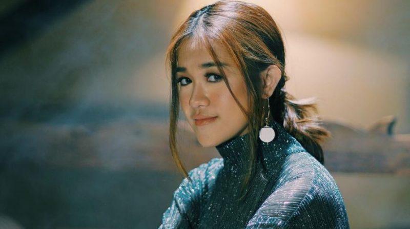 'To Be Honest Tak Ada Lelaki Pun Yang Approach Saya' – Ernie Zakri Tak Mahu Bercerita Soal Cinta
